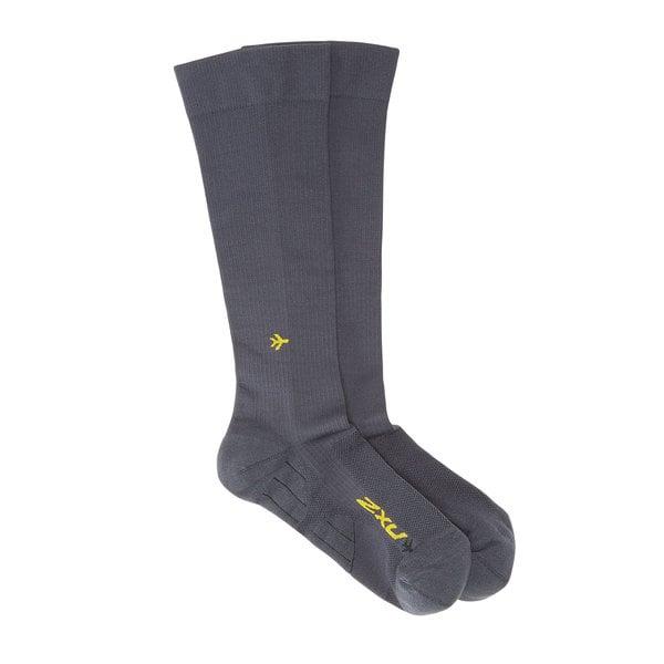 2XU  Unisex Flight Compression Socks - Light Cushion