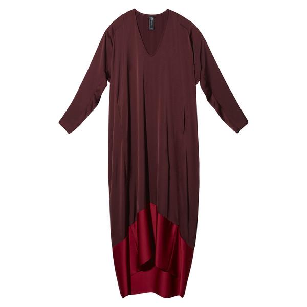 Anne Hathaway's Dark Red Dress with Bright Red Bottom