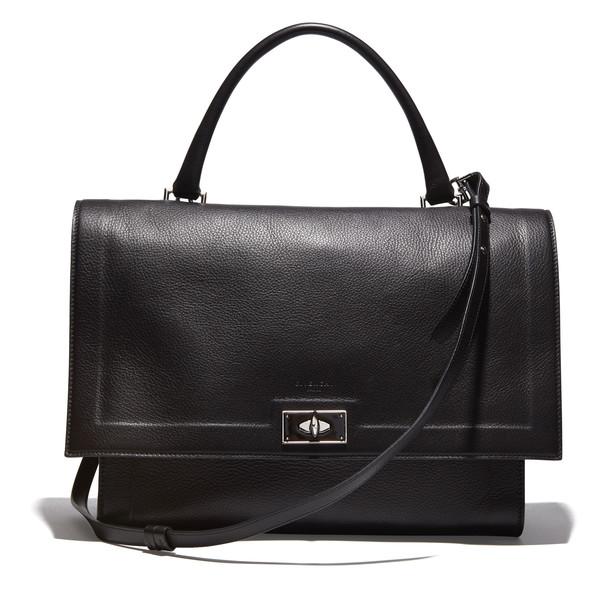 Anne Hathaway's Black Leather Shoulder Bag