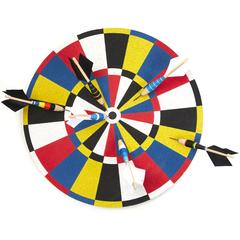 Dartboard & Set of 6 Darts