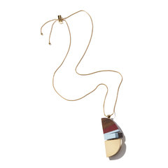 Necklace With Wood