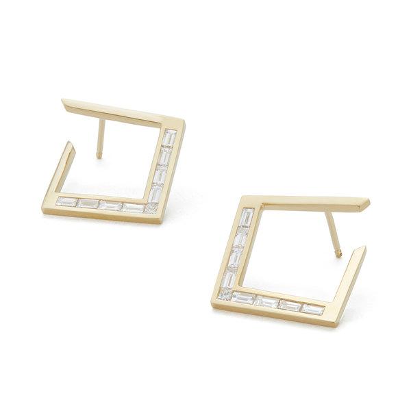 Azlee White Light Baguette Diamond Earrings