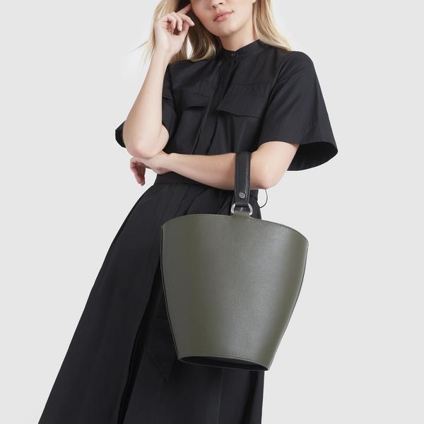 LUMILLAMINGUS x goop Brentwood Bucket Bag