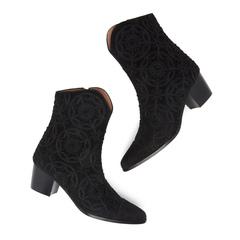 Wyatt Medallion Boots