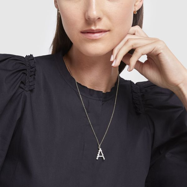 JEMMA WYNNE Yellow Gold Prive Pearl Letter Necklace