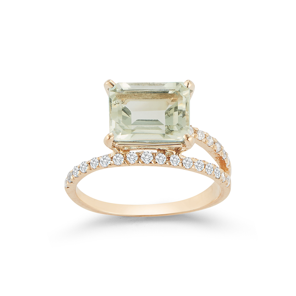 Mateo Point Of Focus Ring In Yellow Gold,white Diamonds,green Amethyst